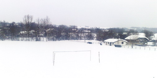 Stadion pokriven snegom / foto: Live SPORT