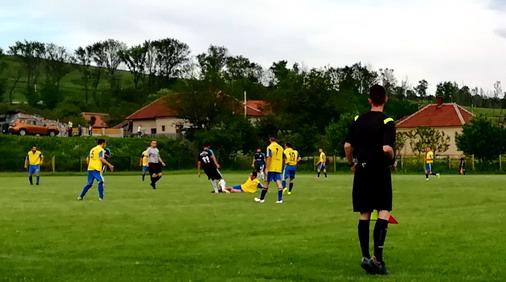 Detalj sa utakmice Slatina - H.Veljko / foto: D.Popaz